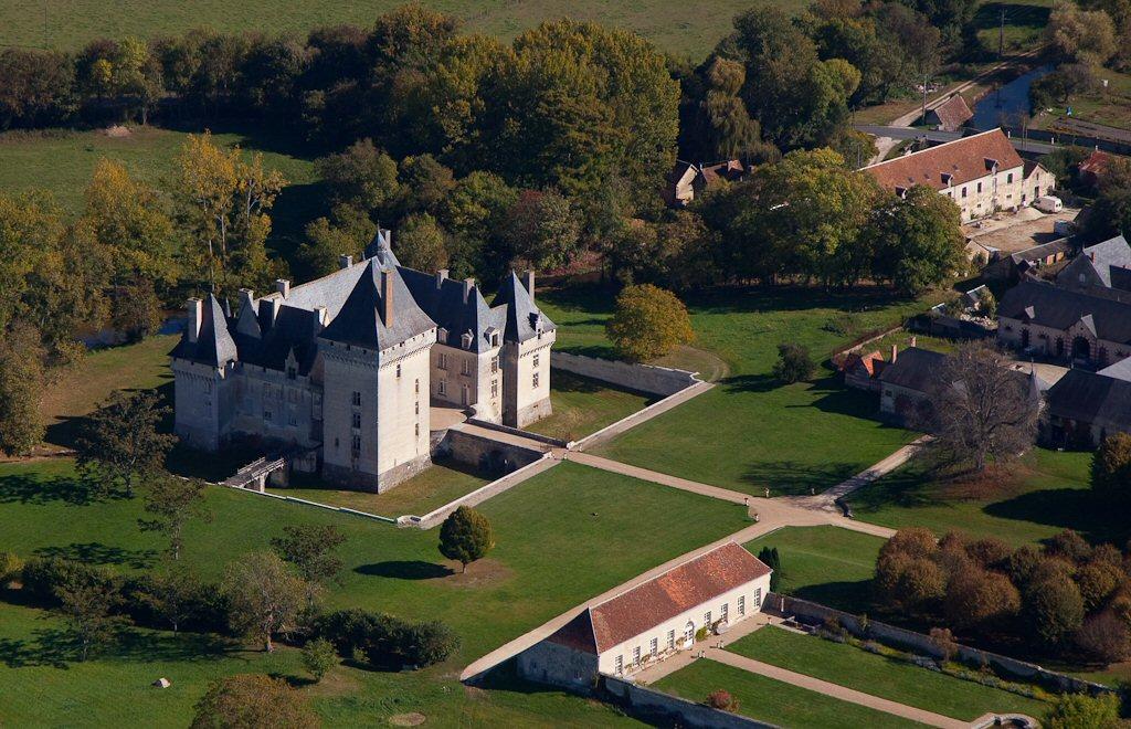 chateau-de-isle-savary